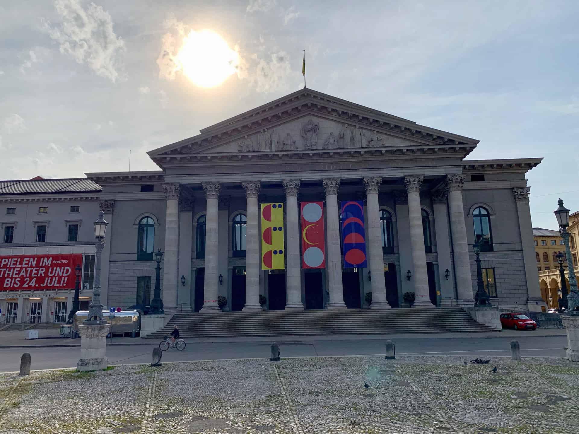 München_Max_Joseph_Platz_Nationaltheater