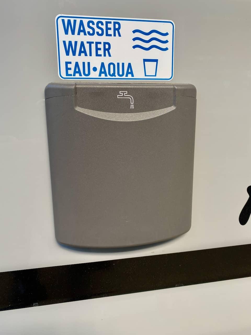 Wasserversorgung-Wohnmobil-Wassertankdeckel